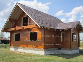 деревянный дом у реки 1