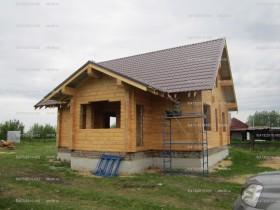 деревянный домик у реки 1