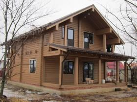 углянец деревянный дом