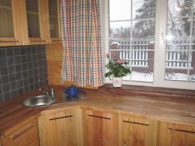 кухня со столешницей