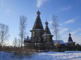 Успенский деревянный собор