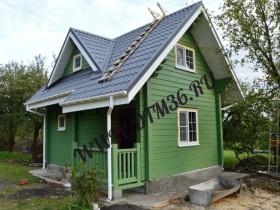 деревянный домик-баня из клееного профилированного бруса
