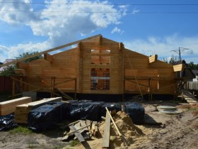 середина строительства дома